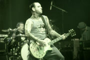 180px-MikeNess_Cologne2