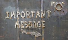 Impüortant Message by Patrick Denker - Lizence CC BY 2.0